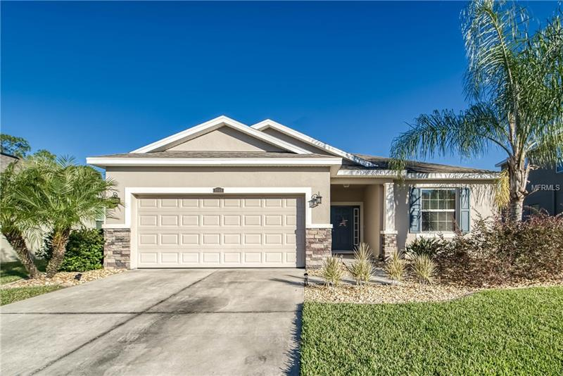 2712 Holly Bluff Ct, Plant City, FL, 33566 - MLS T3147617